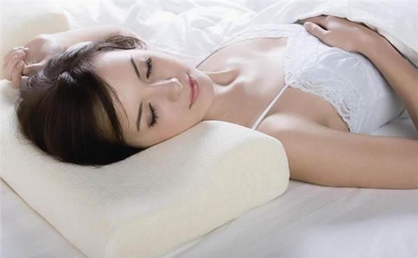 晚上睡觉流口水是怎么回事?